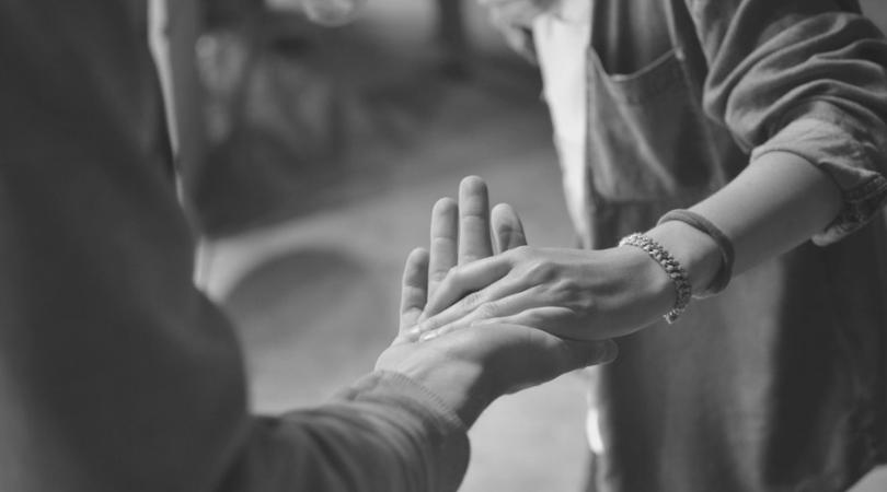 Conexión emocional: la dificultad de establecer relaciones duraderas y significativas