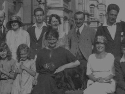La novela de la familia narcisista